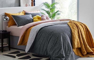 FIND YOUR BEDDING LOOK