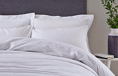 Alissa Bedding Collection
