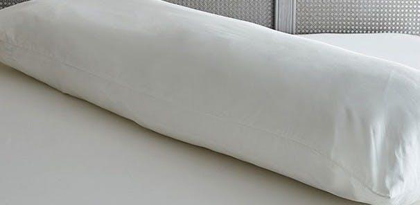 The bump-friendly pillow