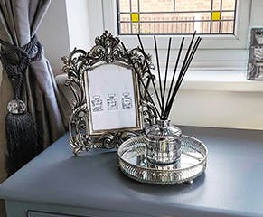 Maison Chic Ornate Frame