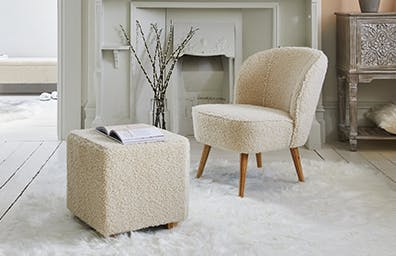FLUFFY FURNITURE