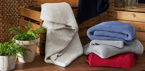THEA RECYCLED THROWS