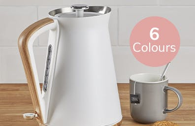 White kettle sat on counter