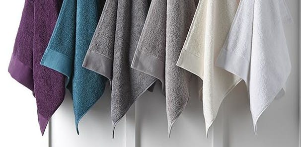 Fast to absorb and quick drying, these incredible 100% cotton colour-fast towels love to be washed and get fluffier every time thanks to their innovative textile technology.