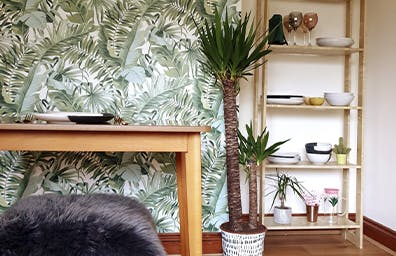 OUR TIPS FOR UPCYCLING ON A BUDGET