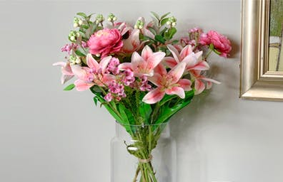 GIFTABLE ARTIFICIAL BOUQUETS