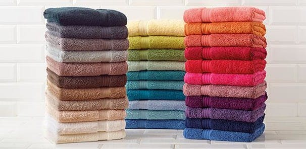 Renowned for their superior yarn, these towels are made from extra-long fibres which are carefully combed to create a thicker, fluffier, softer and highly absorbent surface.
