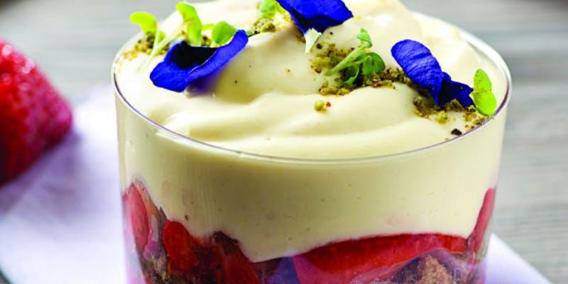 Crema Chantilly con insalata di fragole