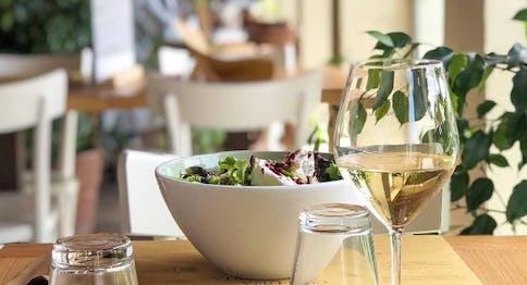 Insalata con calice di vino - Eataly