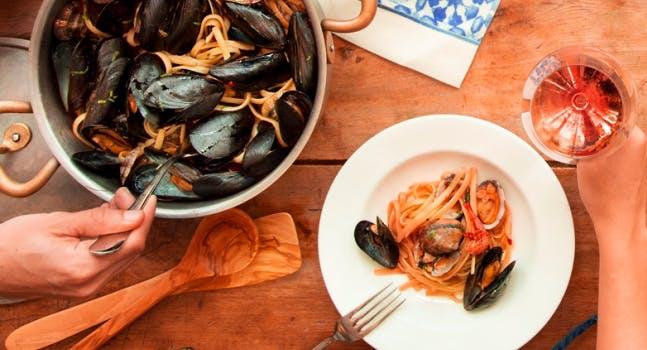 Padellata spaghetti con cozze - L'estate da Eataly