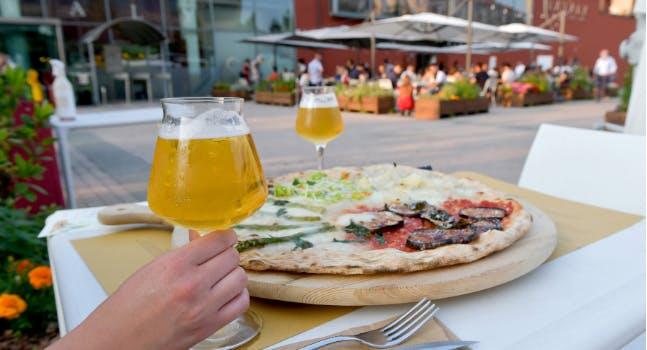 La Pizza Eataly - Dehors