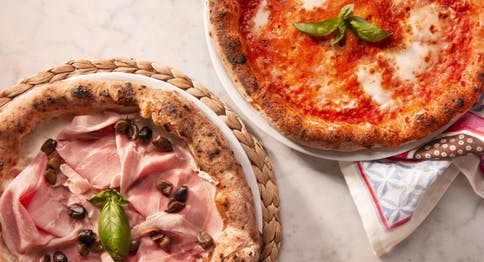 Pizza Eataly - margherita + cotto e olive
