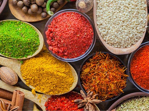 Le spezie: storia e proprietà tra sapori e colori