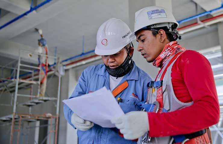 Construction Safety Training Program - Personal Protective Equipment PPE for Construction