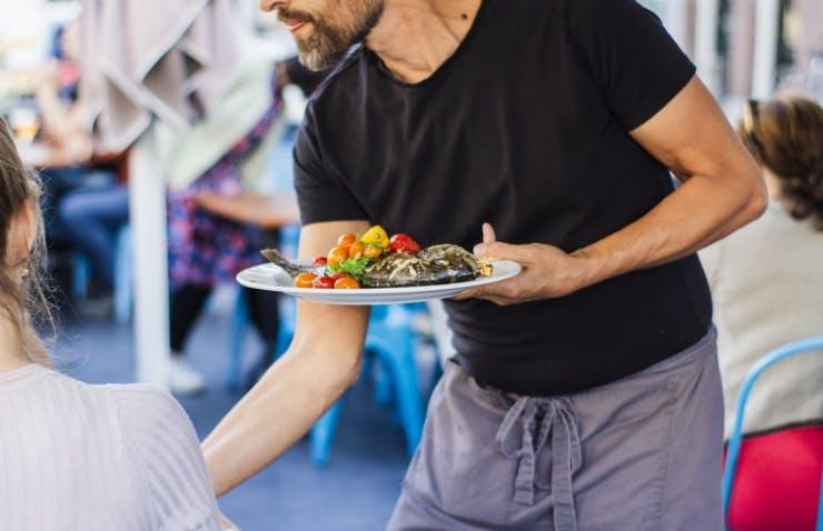 EdApp Restaurant Management Course - Food Runners Guide