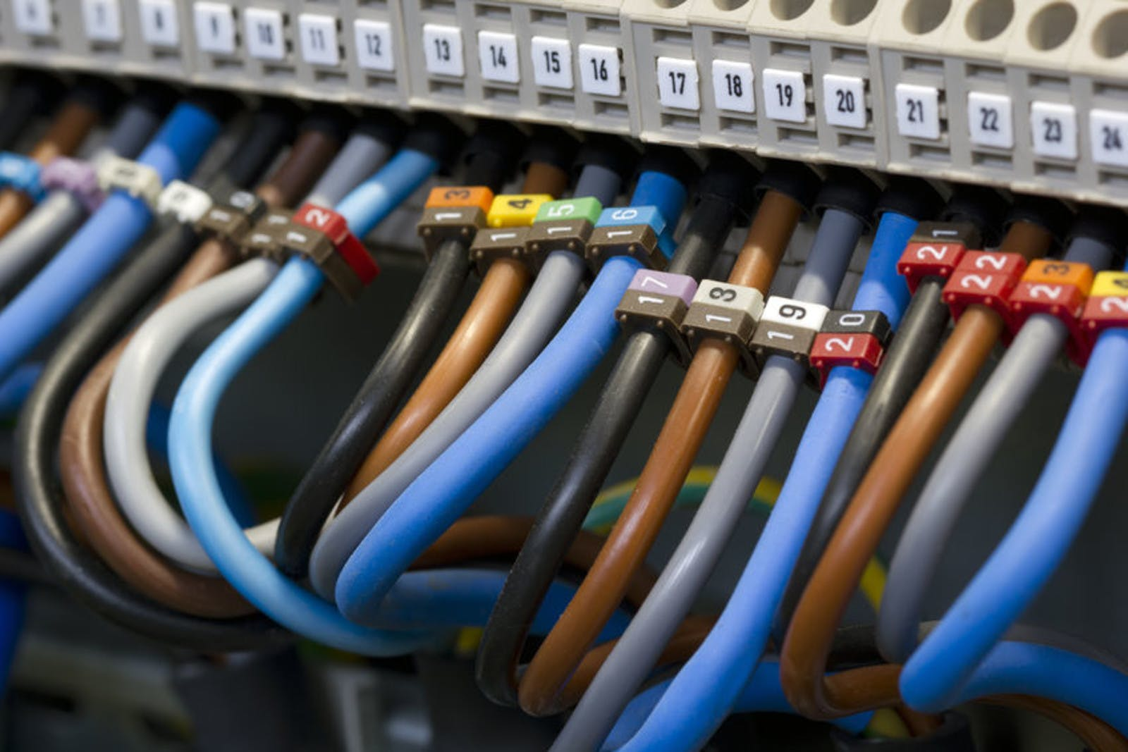 Cable, Cords & Wiring Services | It Support For Commercial ... on