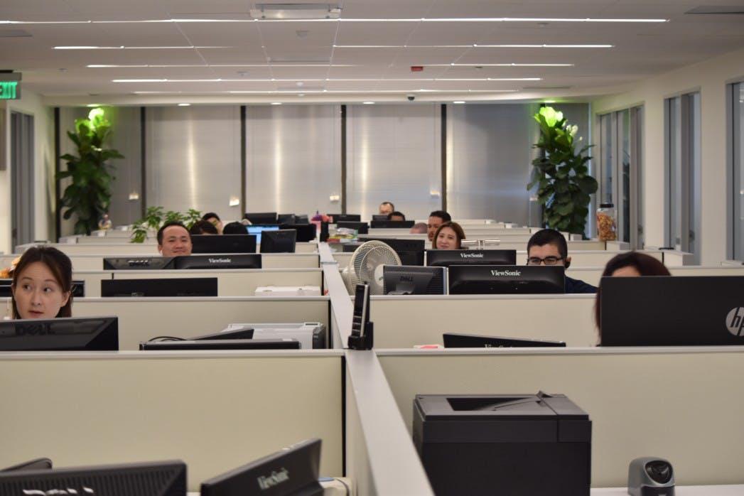 80eea945e70896ca2aab13280468353963335cb2 office seating arrangement