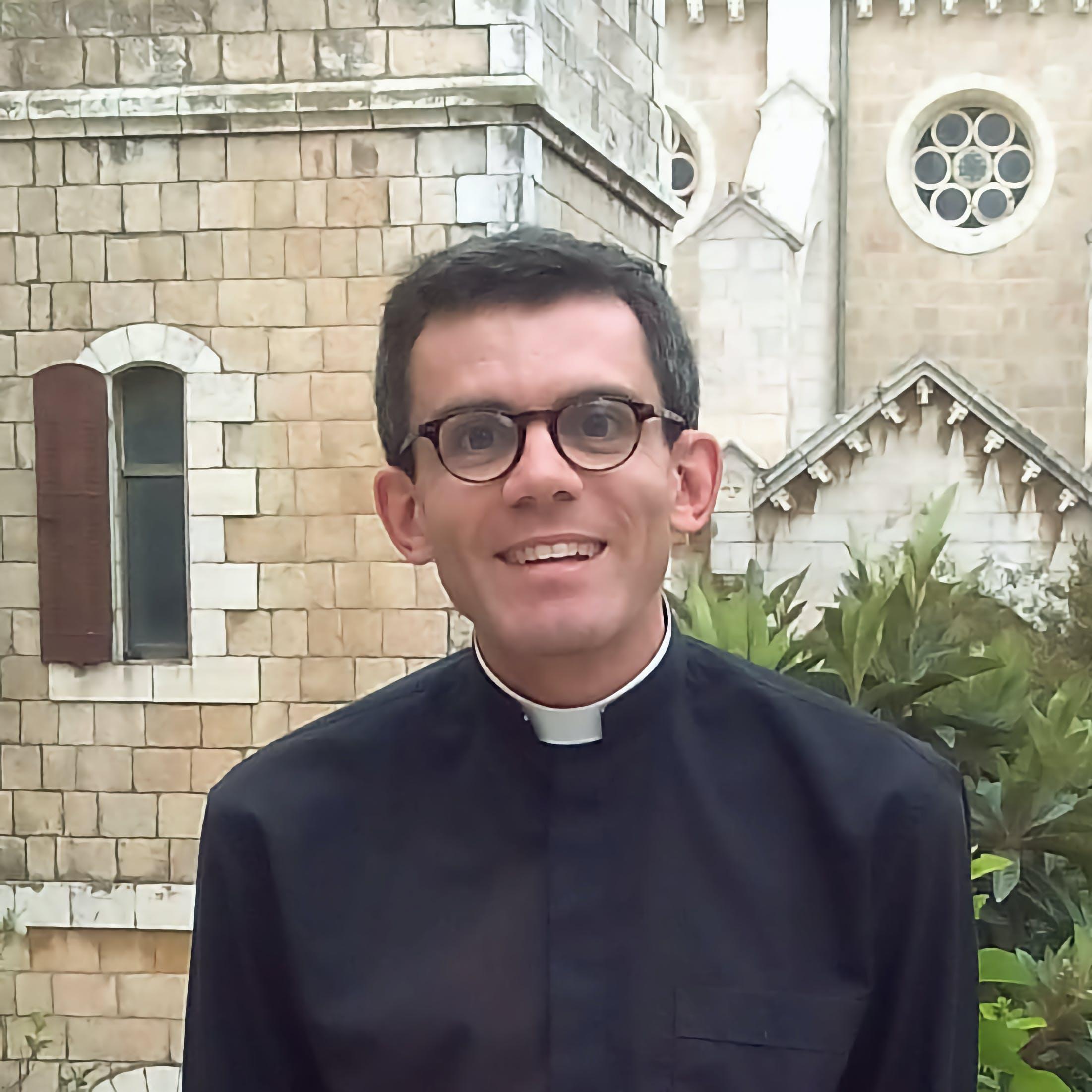 Père Philippe SAUDRAIX