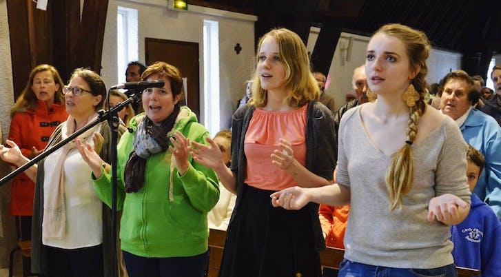 Christine, Myriam, Diane et Gabrielle au chant