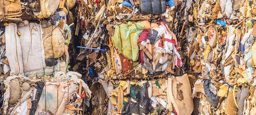 Un exemple de comment sont compactés les déchets