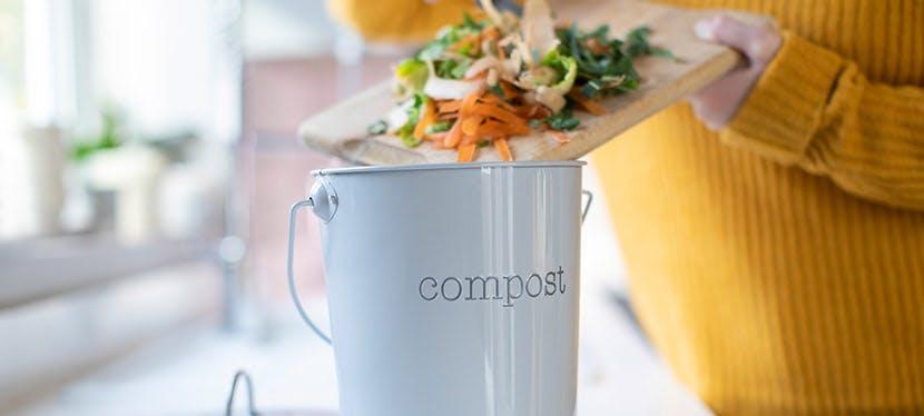 mettez vos ordures ménagères au compost