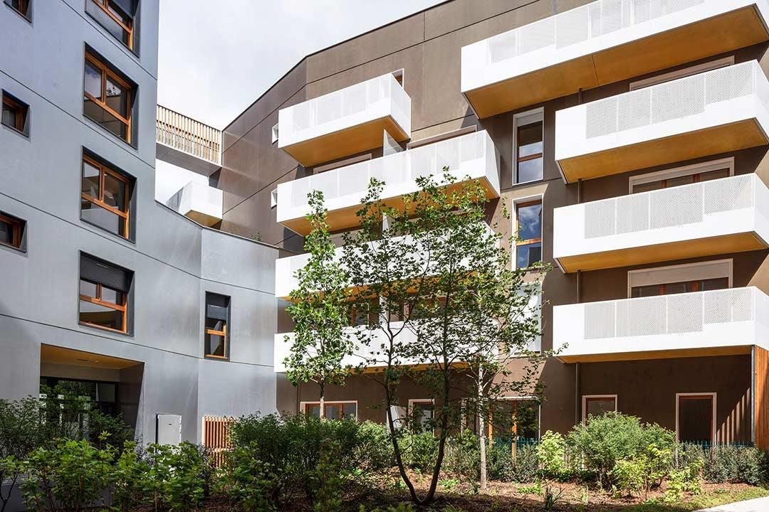 Jardin intérieur du programme immobilier neuf Les Allées Maria Casarès à Gennevilliers