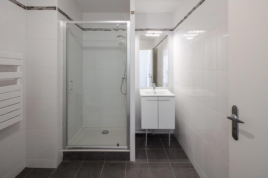 Salle d'eau d'un appartement du programme immobilier neuf 31-33 Avenue Gabriel Péri à Bezons