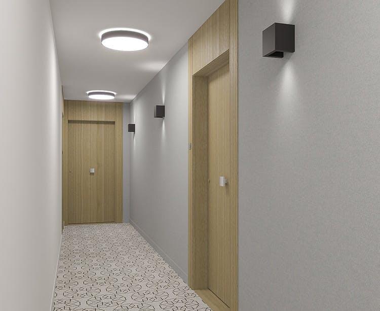 Avenue Lecomte à Villiers-sur-Marne : palier d'étage
