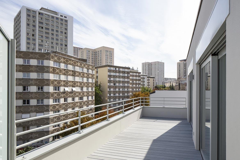 Terrasse d'un appartement neuf de la résidence 23 Crimée à Paris 19