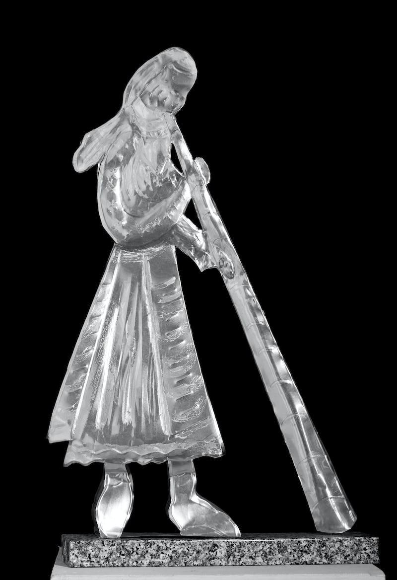 Lucrare din metal reprezentând un cioban ce suflă în goarnă