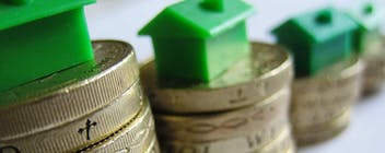 UK Property Costs Eight Times the Average Wage