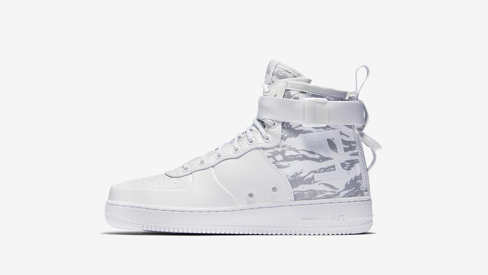 END. Features   Nike Winter Whites Pack Now Online