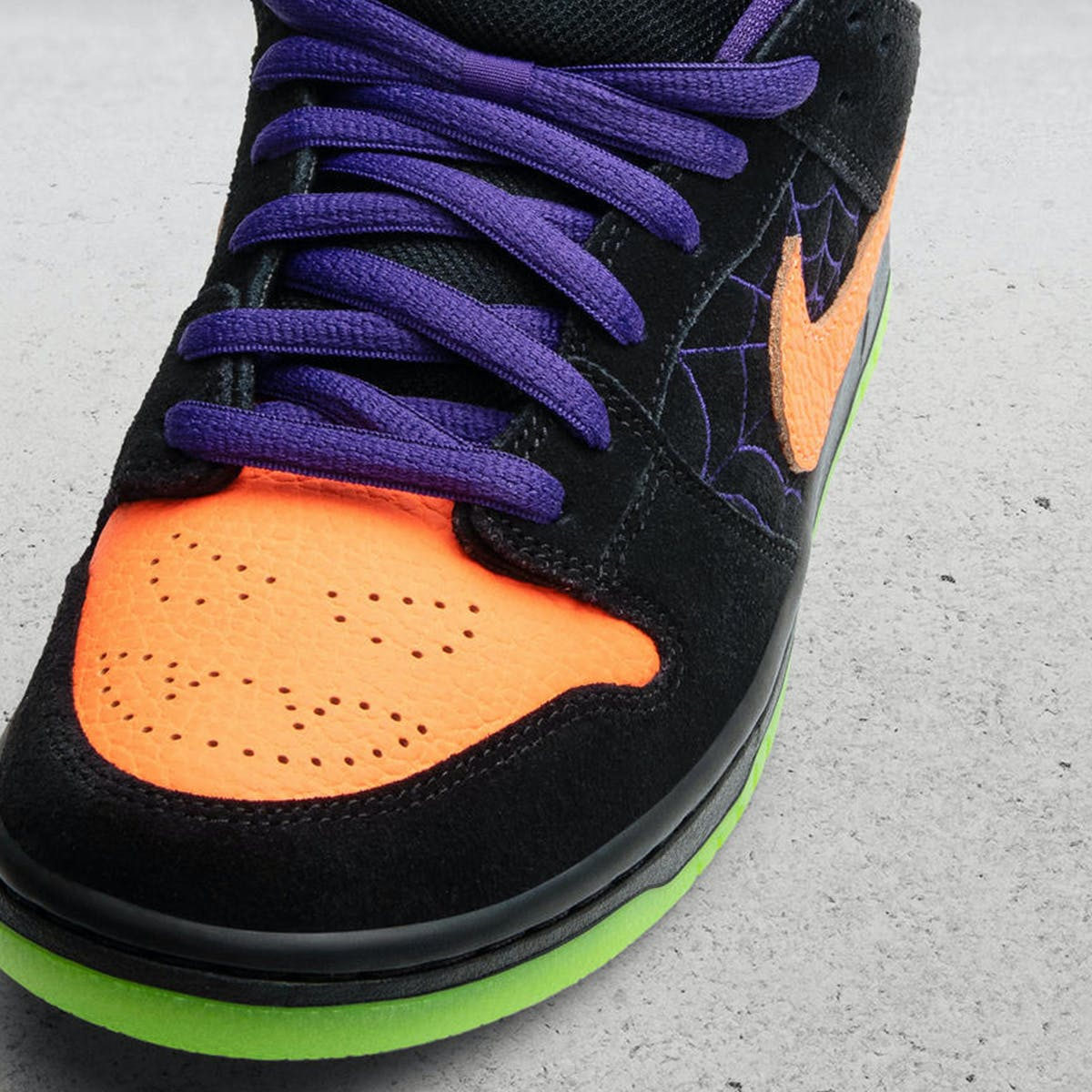 Nike SB Dunk Low Pro - BQ6817-006