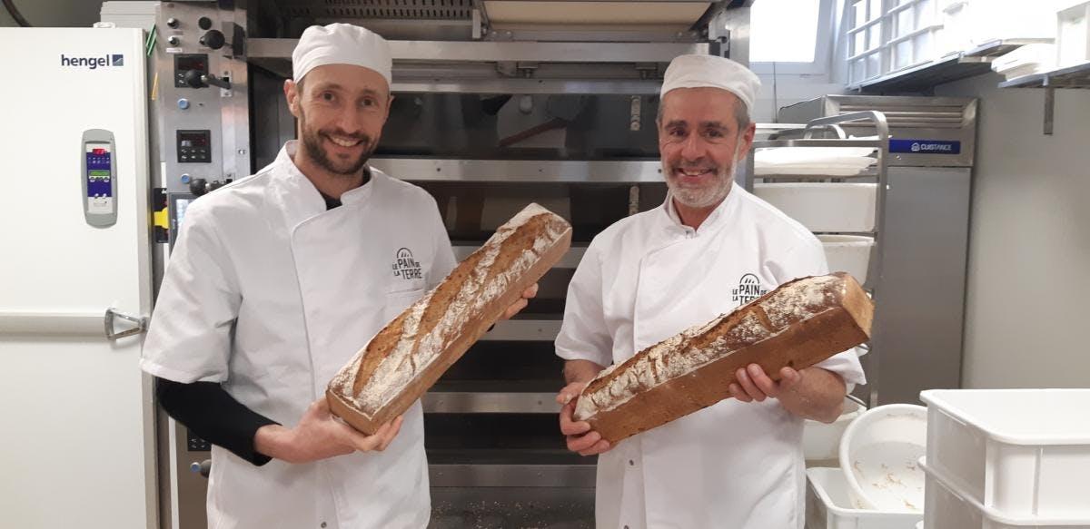 Enercoop Paca - Clients - Boulangerie Le Pain de la Terre - Peyrolles-en-Provence (13) - Portrait