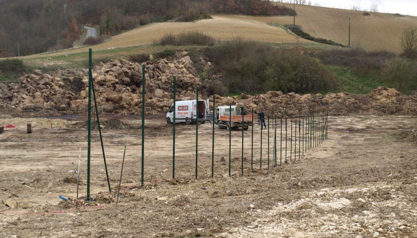 Pose de la clôture par la société Phili-Gers