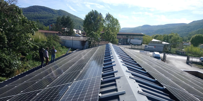 Toiture solaire de la Biocoop en Autoconsommation collective à Saint-Affrique par Enercoop