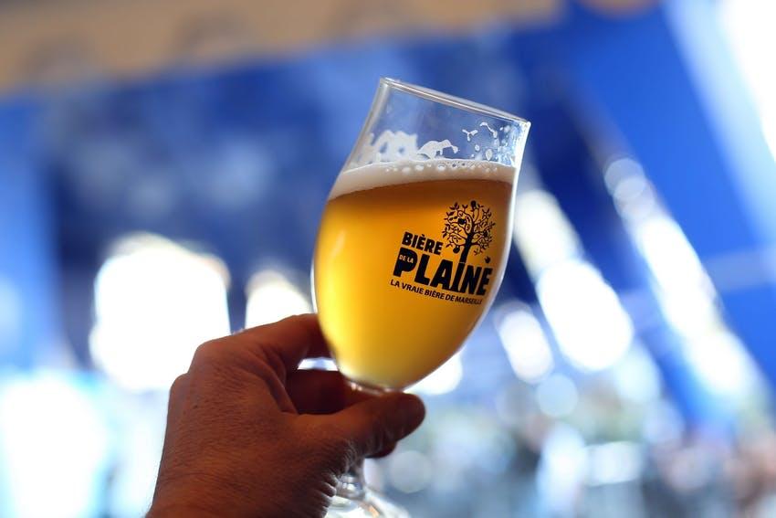Enercoop Paca - Clients Professionnels - Bière de la Plaine Marseille 13 - Verre à bière