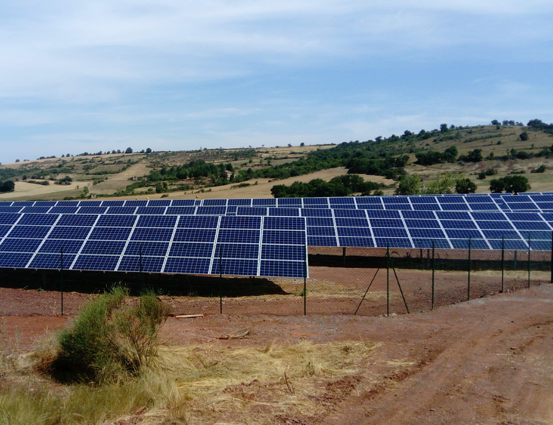 Les panneaux du parc solaire de Lagarde à Camarès