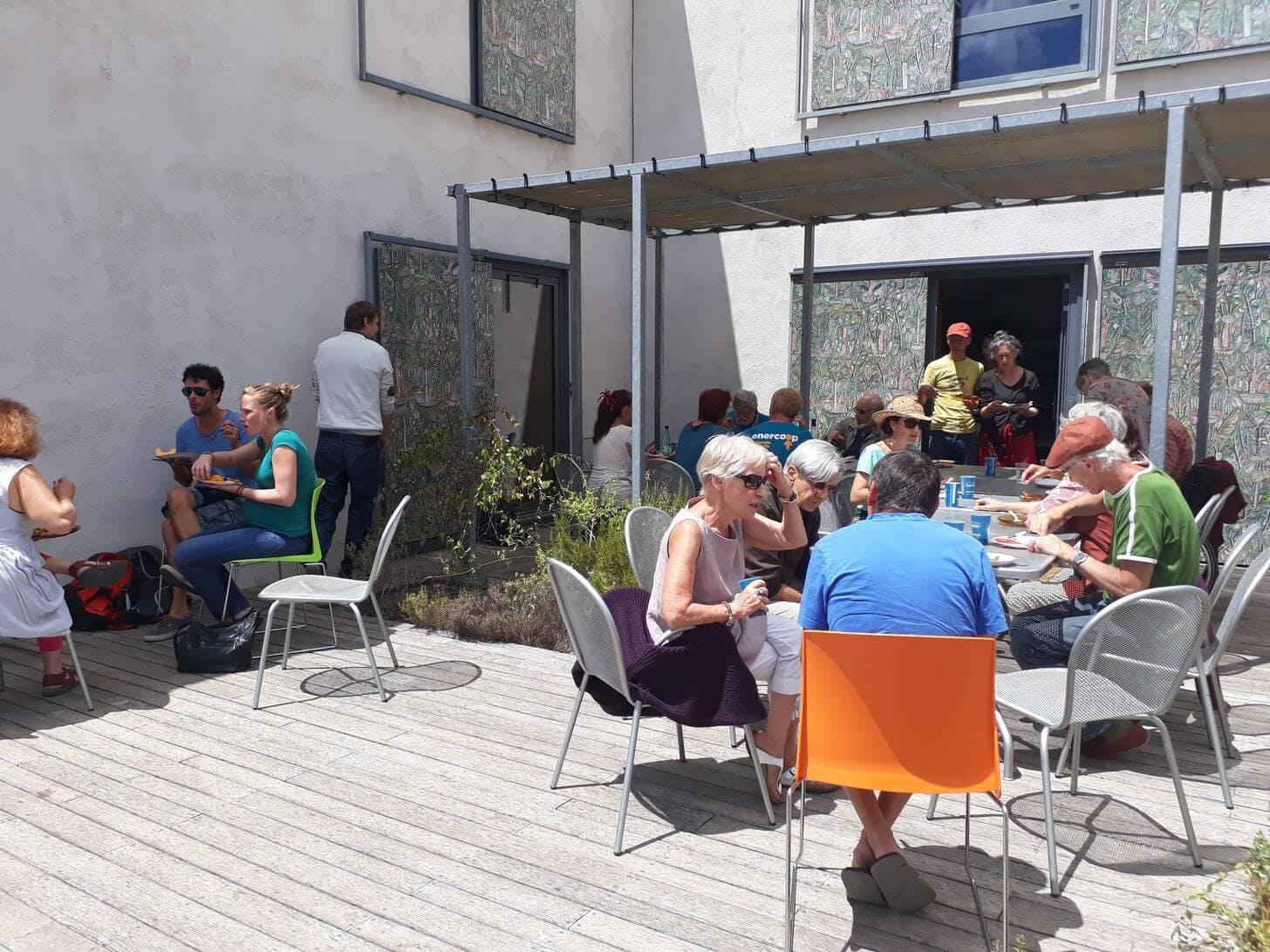 Enercoop Provence-Alpes-Côte d'Azur PACA - Rencontre coopérative 2017 - Forcalquier - Détente déjeuner