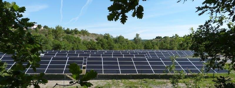 Parc solaire de Lacombe à Villesèque par Enercoop Midi-Pyrénées