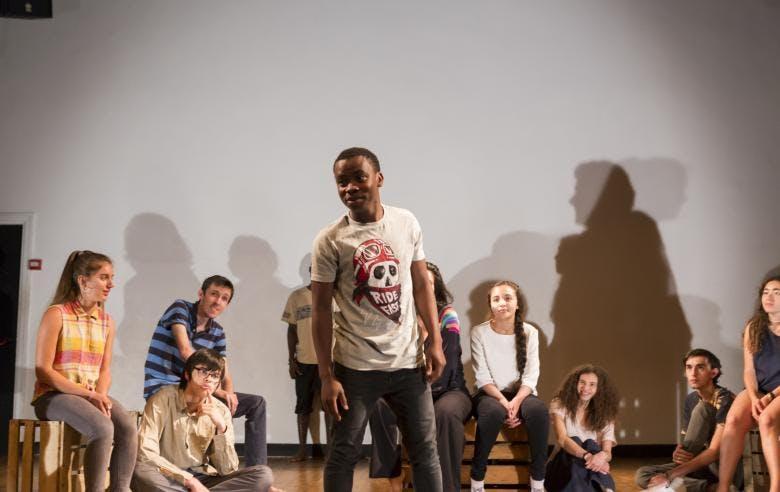 Enercoop Paca - Clients Professionnels - Théâtre La Cité Marseille 13 - Acteurs en scène