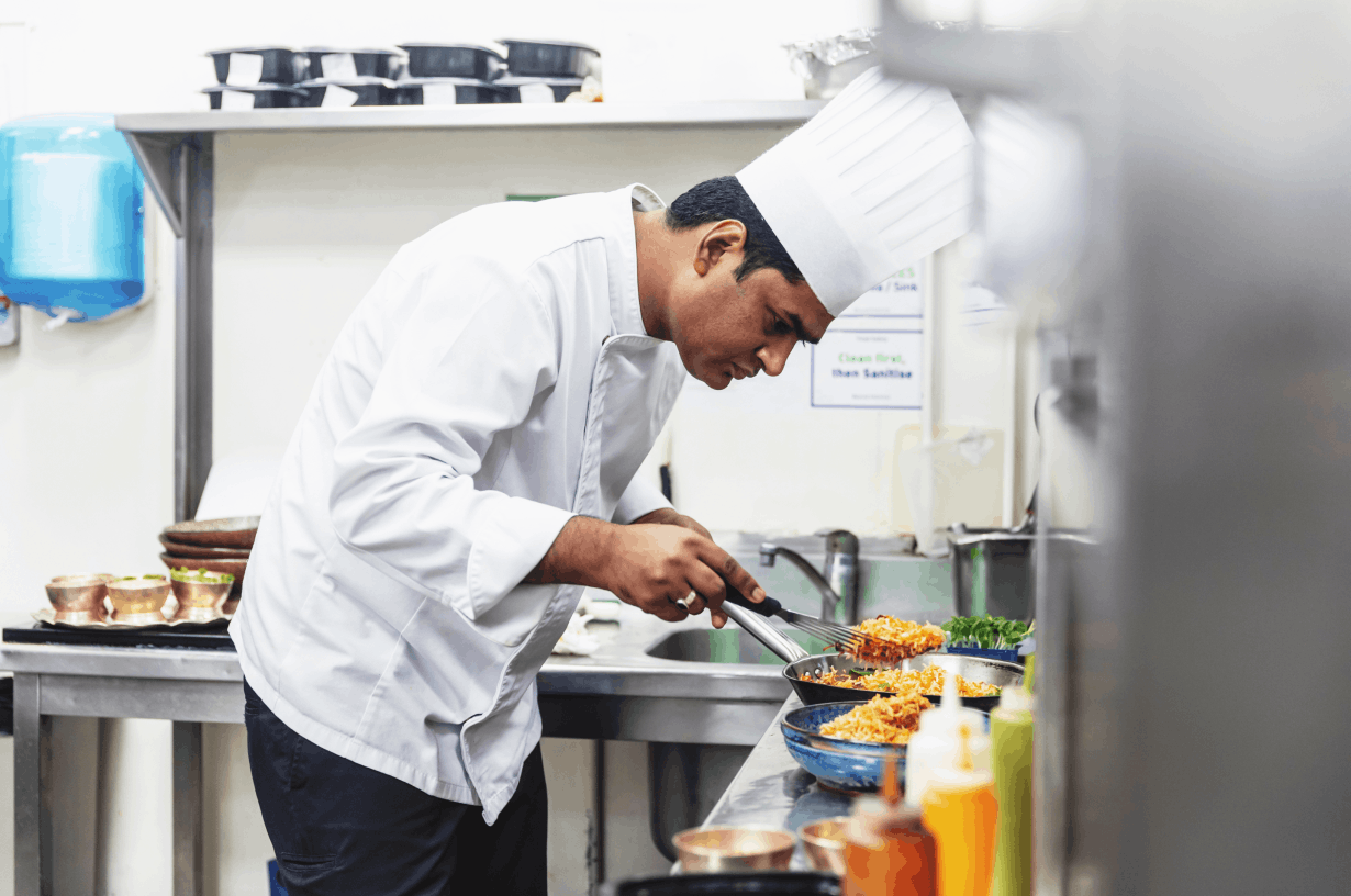 chef-in-a-cloud-kitchen-kitchenplus-india