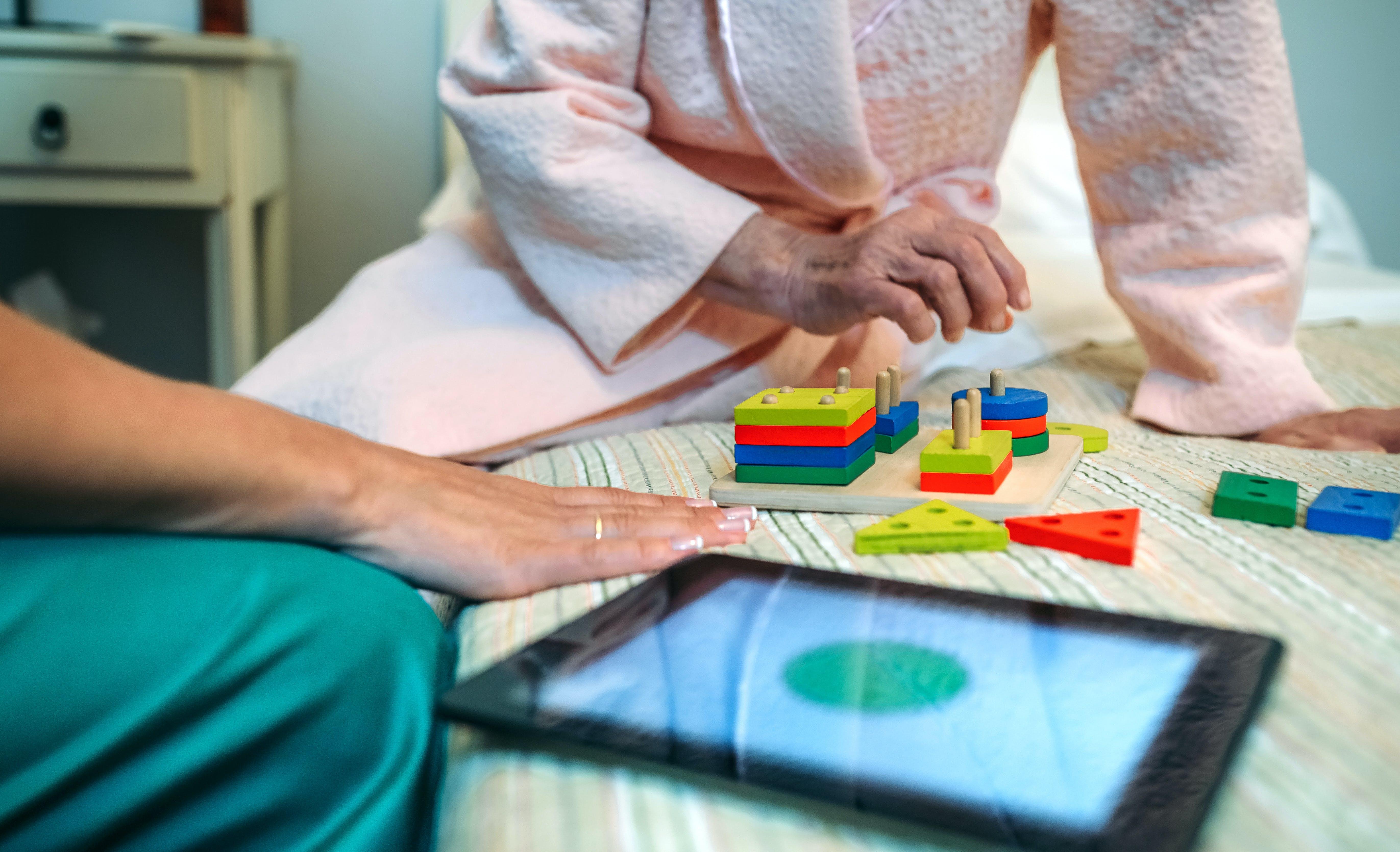Anziani e perdita di memoria: il ruolo dell'assistenza a domicilio