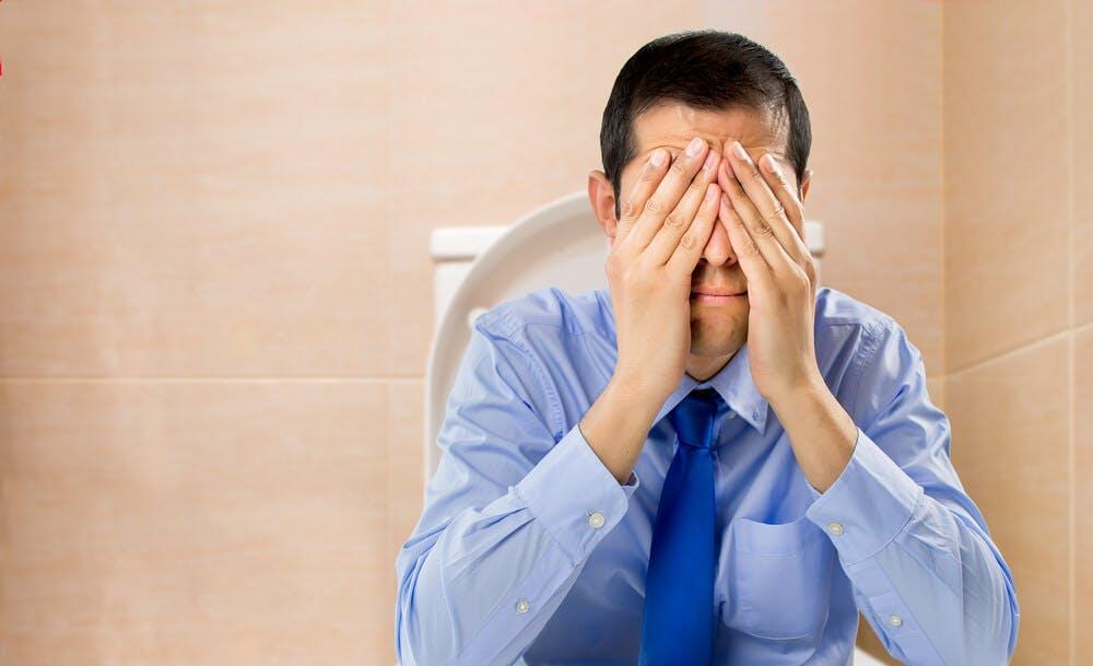 Emorroidi esterne ed emorroidi interne: i rimedi contro l'infiammazione