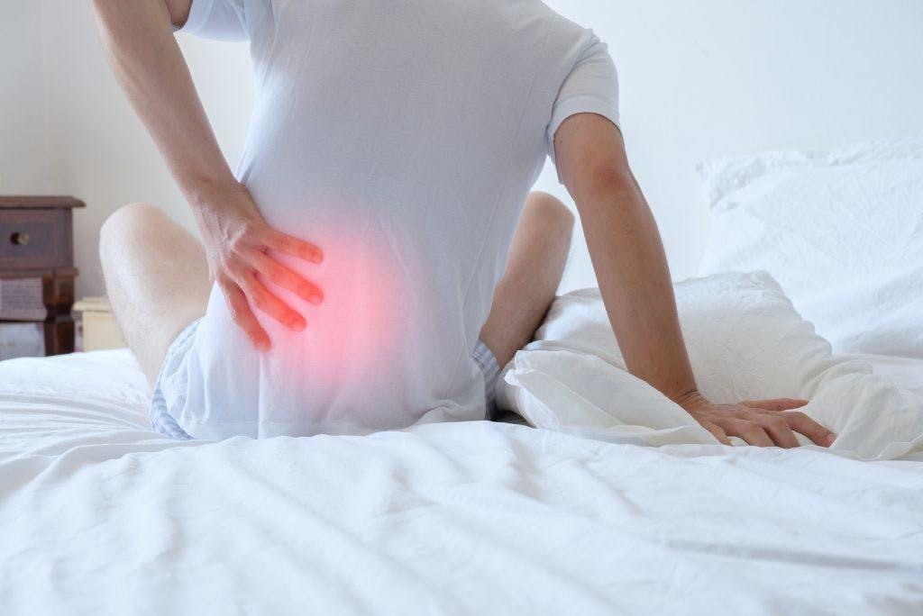 Sciatalgia: come curare il dolore alla schiena?