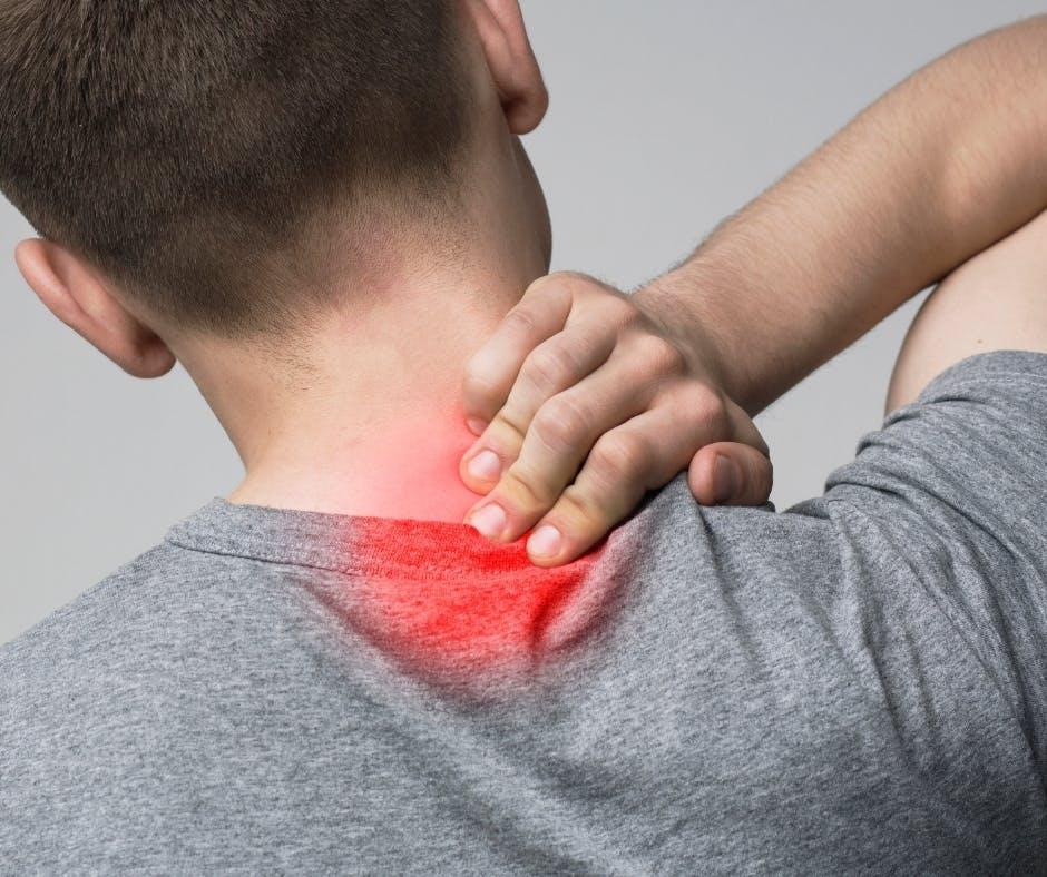 Esercizi per la cervicale: i consigli della fisioterapista