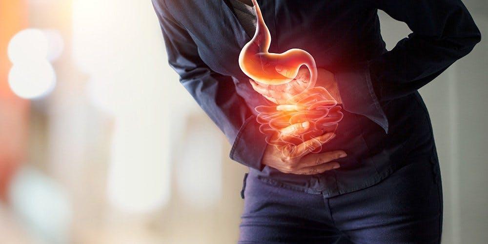 Reflusso gastroesofageo ed ernia iatale: quali sono i sintomi?