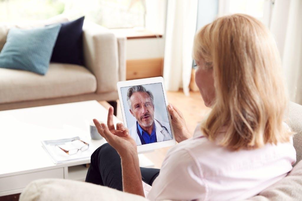 Medico online: servizi medici e consulti direttamente da smartphone, pc o tablet.