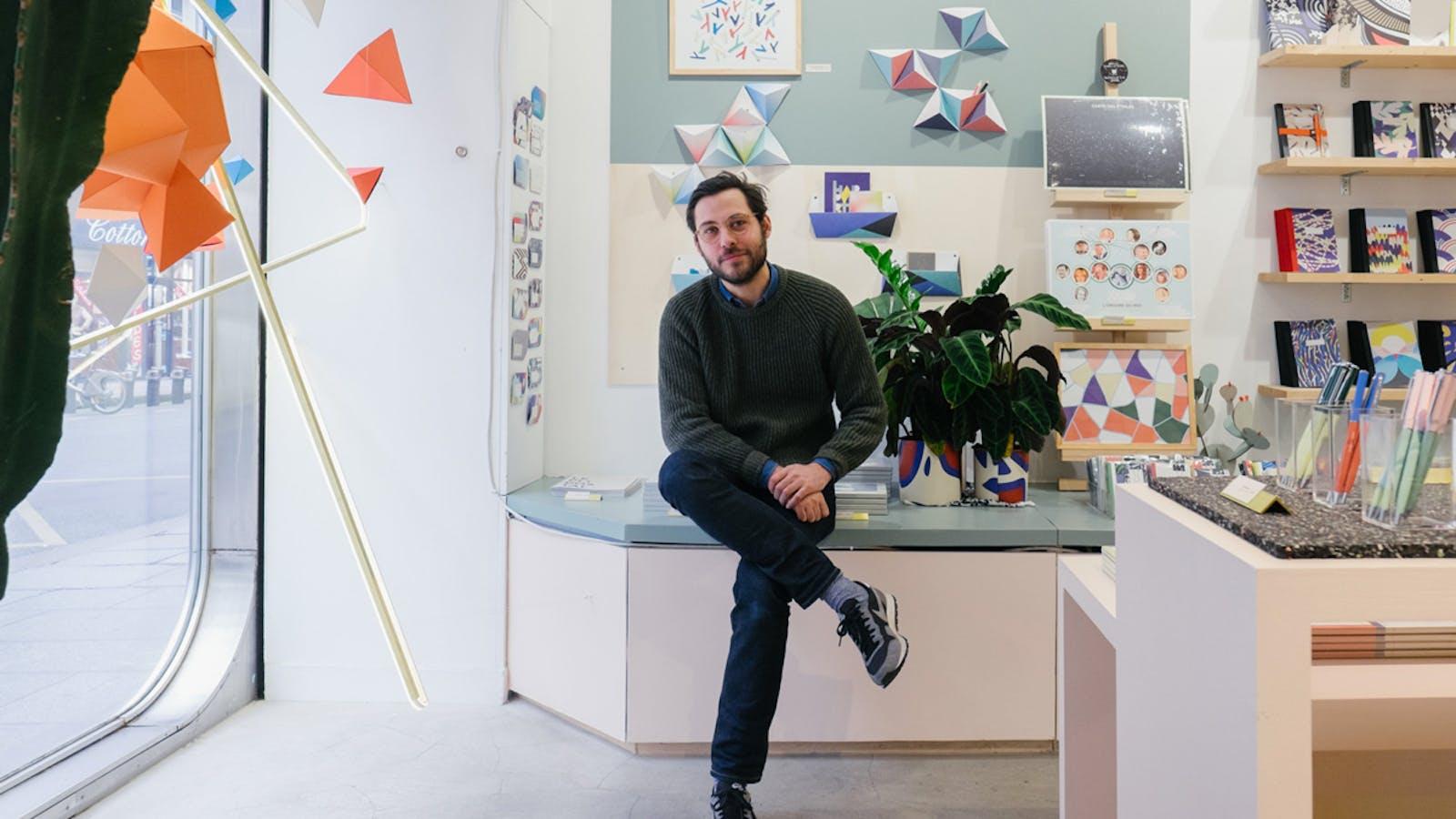 Portrait de Maxime Brenon en couleurs