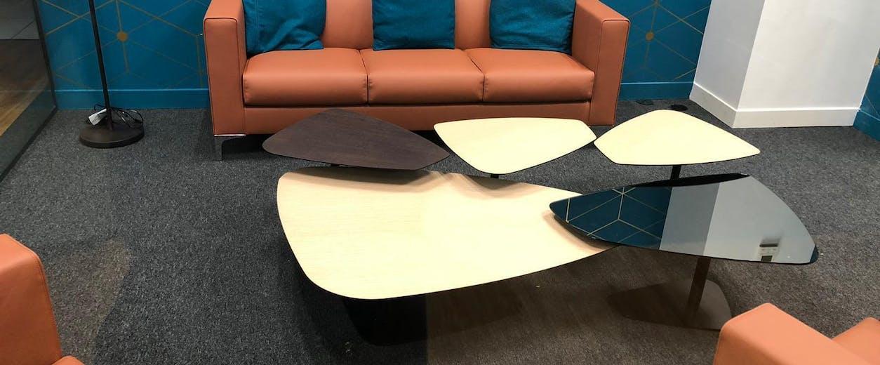 Aménagement d'espaces de réunions informelles pour favoriser la communication